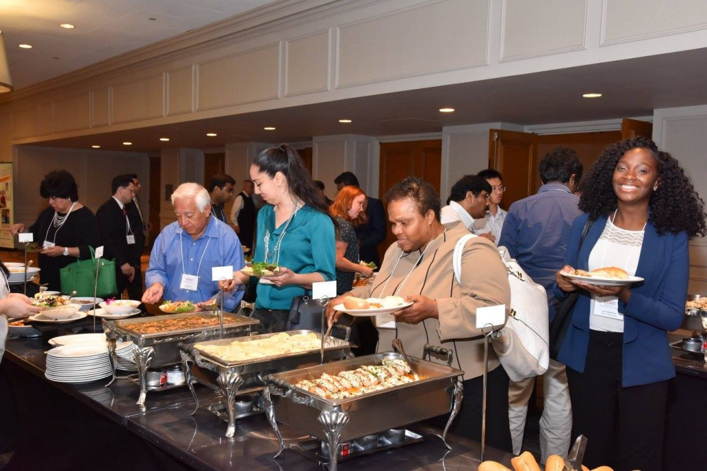 Immigrant entrepreneurs from around the world share a meal at Success in the U.S. conference