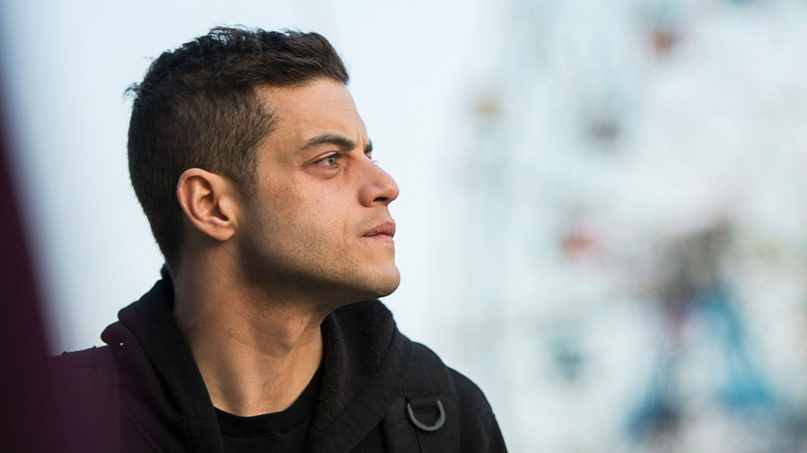 Rami Malek, Aziz Ansari Put Immigration Debate in Emmy Award Spotlight 1